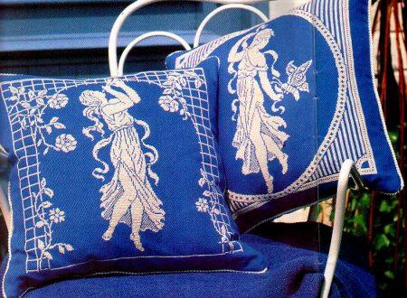 cuscini monocolore blu
